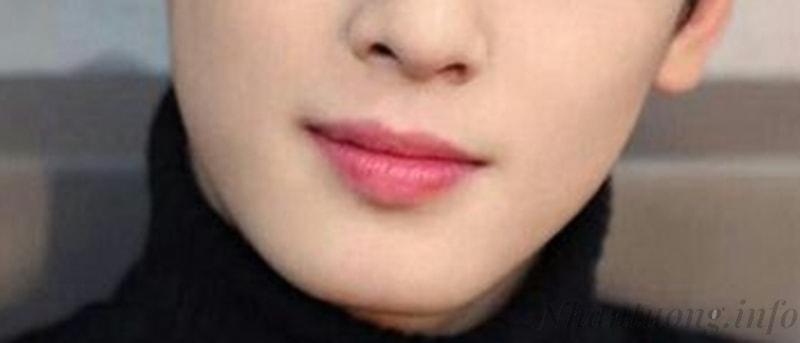 Kiểu môi của đàn ông đào hoa: môi hồng, khóe miệng hướng lên