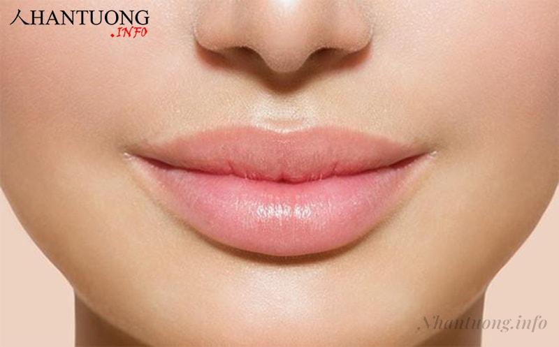 Phụ nữ có tướng môi dày