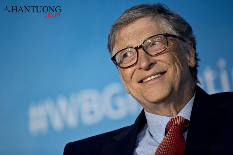 Bill Gates - chủ tịch tập đoàn Microsoft có phần cằm đầy đặn